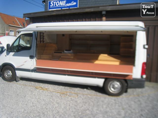 magasin ambulant a vendre dm service. Black Bedroom Furniture Sets. Home Design Ideas