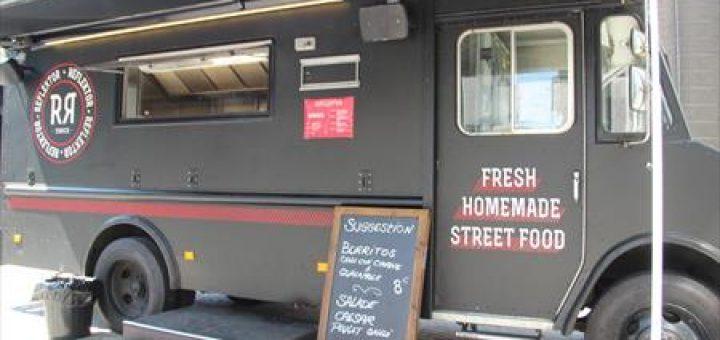 camion food truck a vendre occasion dm service. Black Bedroom Furniture Sets. Home Design Ideas
